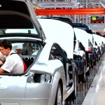 Rising Premiums Feared in Automakers' Collapse