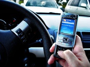 Illinois Bans Texting while Driving to Reduce Premiums